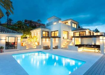 Thumbnail 5 bed villa for sale in Los Naranjos Hill Club, Nueva Andalucia, Costa Del Sol