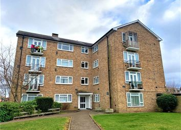 Clyde Road, Staines, Middlesex TW19. 2 bed flat for sale