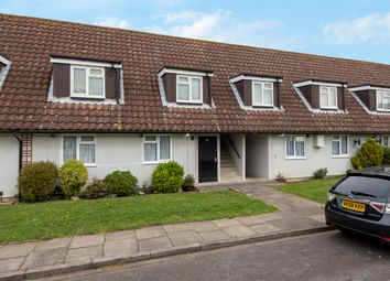 1 bed maisonette for sale in Monks Way, Staines TW18