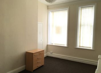 Thumbnail 1 bed flat to rent in Back Cavendish Street, Keighley