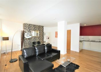 2 bed flat to rent in 2 Crown Street, Leeds, West Yorkshire LS2