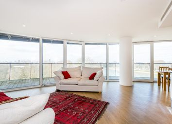 Thumbnail 2 bed flat to rent in 376 Queenstown Road, London
