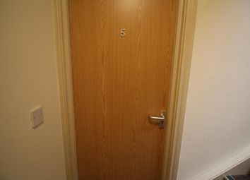 Thumbnail 1 bed flat to rent in Cromwell Road, Belfast