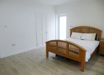 Thumbnail Studio to rent in Holland Avenue, Cheam, Sutton