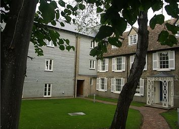 Thumbnail 1 bed flat to rent in Ditton Walk, Cambridge