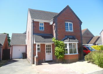 Thumbnail 3 bed detached house to rent in Meadowsweet Close, Thatcham
