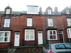 Thumbnail Room to rent in Athlone Terrace, Armley, Leeds, West Yorkshire