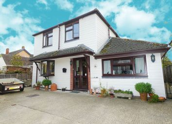 Thumbnail 4 bed detached house for sale in Warren Hill, Stadhampton, Oxford