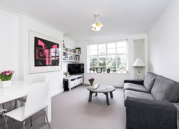 Thumbnail 1 bedroom flat for sale in Colney Hatch Lane, Muswell Hill, London