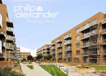 Thumbnail 1 bedroom flat for sale in Hamlet Court, Smithfield Square, Hornsey