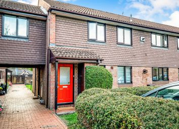 Thumbnail 2 bedroom flat for sale in Broadwater, Berkhamsted