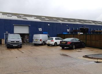 Thumbnail Warehouse to let in Unit 15, Heathway Industrial Estate, Manchester Way, Dagenham, Essex