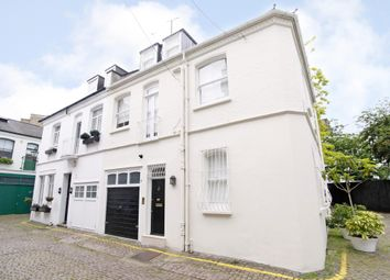 Thumbnail 3 bed mews house to rent in Cornwall Gardens Walk, London