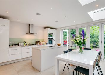Thumbnail 4 bed property to rent in Bennerley Road, London