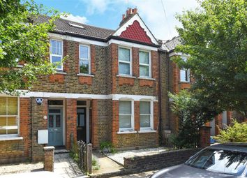Thumbnail 3 bedroom flat to rent in North Road, Kew, Richmond