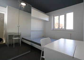 Thumbnail Room to rent in Spon End, Coventry