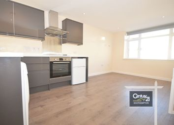 Thumbnail 2 bed flat to rent in High Street, Southampton, Hampshire