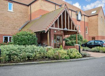 Thumbnail 2 bed flat for sale in Swallows Court, Spalding