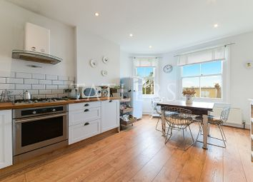 Thumbnail 3 bed maisonette to rent in Victoria Road, Alexandra Park, London