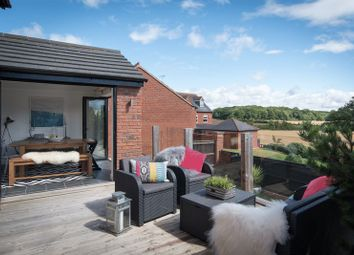 Thumbnail 4 bed detached house for sale in Charingworth Drive, Hatton Park, Warwick
