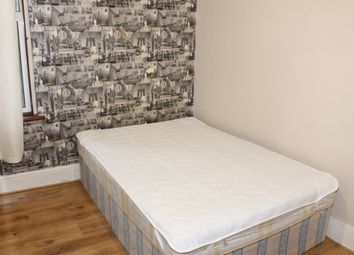 Thumbnail Room to rent in Harley Road, Willesden Junction