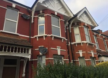 Thumbnail 3 bedroom flat to rent in Temple Road, Cricklewood, London
