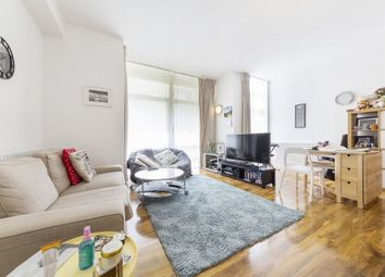 Thumbnail 1 bedroom flat to rent in Gainsborough House, Canary Central, Casilis Road, Canary Wharf, London