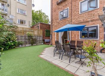 Rotherfield Street, Islington, London N1. 3 bed property