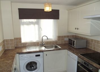 Thumbnail 1 bed flat to rent in Shakespeare Road, Tonbridge