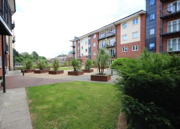 Thumbnail 2 bedroom flat to rent in Julius House, New North Road, Exeter, Devon
