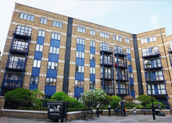 Thumbnail 2 bed flat to rent in Folgate Street, Whitechapel