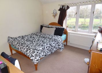 2 bed flat to rent in North Lane, Canterbury CT2