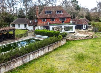 Thumbnail 4 bed detached house for sale in Fleet Hill, Finchampstead, Wokingham, Berkshire