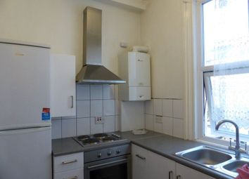 2 bed flat to rent in Lewes Road, Brighton BN2