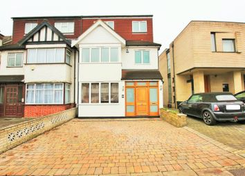 Thumbnail 6 bed property to rent in Holmfield Avenue, Hendon