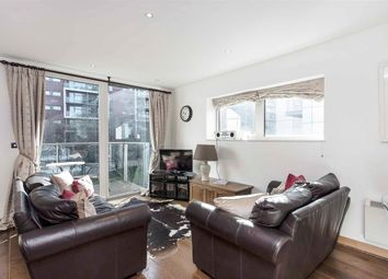 Thumbnail 1 bed flat to rent in Oswald Building, Chelsea Bridge Wharf, London.