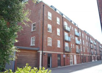 Thumbnail 1 bed property to rent in Salt Meat Lane, Gosport