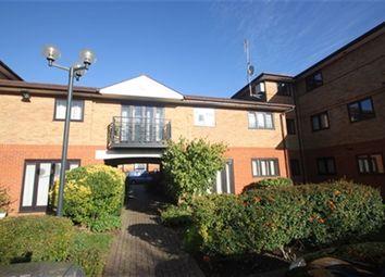 Thumbnail 2 bedroom flat to rent in Shaftesbury Court, Ludlow Road, Maidenhead, Berkshire