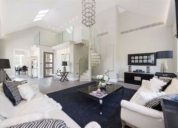 Thumbnail 5 bed flat to rent in Arkwight Road, London