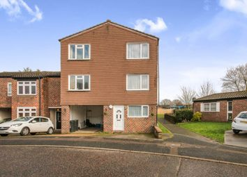 Thumbnail 5 bedroom town house for sale in Southweald Drive, Waltham Abbey