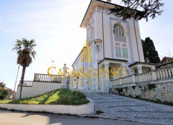 Thumbnail Villa for sale in Via Cav. Vincenzo Bindi, Silvi, Teramo, Abruzzo, Italy