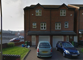 Thumbnail 3 bedroom town house to rent in Brooke Street, Dudley