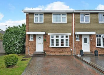 Thumbnail Terraced house for sale in Fleetside, West Molesey
