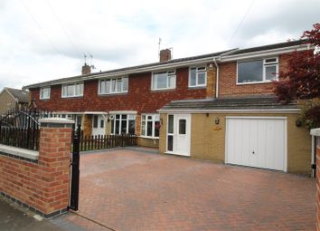 Thumbnail 4 bed property for sale in Goodliff Road, Grantham