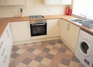 Thumbnail Room to rent in High Dewar Road, Rainham, Gillingham
