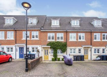 Moberly Way, Kenley CR8. 3 bed terraced house