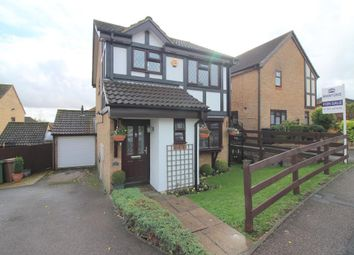 Thumbnail 3 bed detached house for sale in Reedsdale, Luton, Bedfordshire
