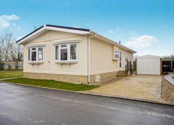Thumbnail 2 bedroom mobile/park home for sale in Witchford, Ely, Cambridgeshire
