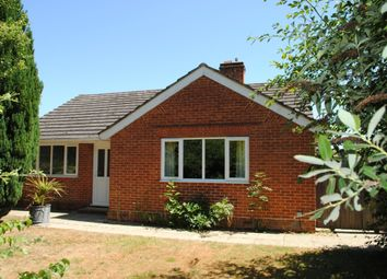 Thumbnail 3 bedroom detached house to rent in Rye Common Lane, Farnham