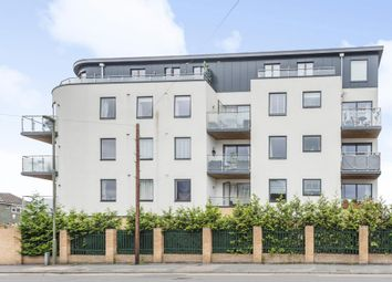 2 bed flat for sale in Camberley, Surrey GU15